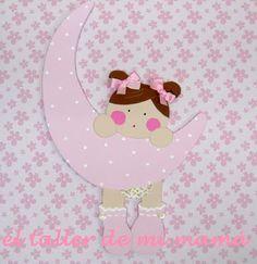El taller de mi mamá - Ropa, Decoración y Regalos personalizados para niñas y niños: silueta luna en rosa