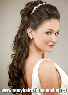 48 Trendy wedding hairstyles updo with headband medium lengths Prom Hairstyles For Long Hair, Wedding Hairstyles For Long Hair, Headband Hairstyles, Formal Hairstyles, Braided Hairstyles, Bridal Hairstyle, Party Hairstyles, Bridesmaid Hairstyles, Teenage Hairstyles