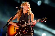 Country Star Sheryl Crow will be Performing at the #HollywoodBowl!
