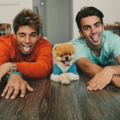 Most Instagram Followers, Jiff Pom, Man 2 Man, Marley And Me, Guinness World, Boyfriend Goals, Social Media Channels, Animals Of The World, Gay Couple