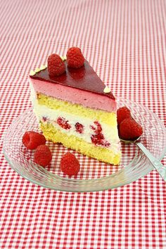 You will find here various recipes mainly traditional Romanian and Mediterranean, but also from all around the world. Food Cakes, Cupcake Cakes, Cupcakes, Cake Recipes, Dessert Recipes, Desserts, Buttercream Cake, Mousse, Cheesecake