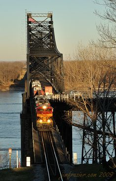 Kansas City Southern . Mississippi River