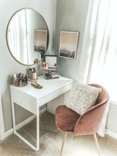53 best makeup vanities & cases for stylish bedroom 17 - Home Decor Design Home Interior, Interior Design, Interior Colors, Interior Plants, Interior Ideas, Living Room Decor, Bedroom Decor, Bedroom Ideas, Stylish Bedroom