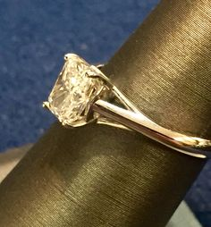 Beautiful Radiant Cut Diamond!  Leave her speechless!