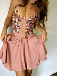 pretty dress!