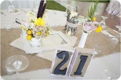 ohio-rustic-wedding-decor-flowers-10
