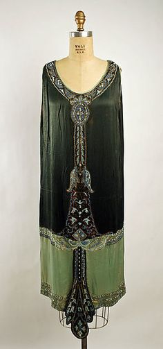 Dress / Dress Callot Soeurs (French, active 1895–1937) Date: 1925 Culture: French Medium: silk Dimensions: Length: 43 1/2 in. (110.5 cm) Credit Line: Gift of Isabel Shults, 1944