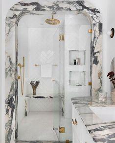 Interior Design New York, Office Interior Design, Bathroom Interior Design, Interior Design Inspiration, Bathroom Layout, Bathroom Shelves, Washroom, Bathroom Vanities, Home Luxury