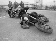 Get Lower   #Supermoto #Kneedragger #Cornering