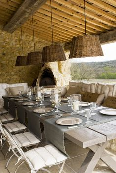 Maison de campagne française - patio deck with dining table (al fresco) with amazing views! Modern Country Style, French Country House, Rustic Modern, Outdoor Rooms, Outdoor Dining, Dining Area, Dining Room, Dining Table, Lamp Table