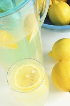 Make old-fashioned, homemade lemonade in three easy steps. It's the perfect summ… Make old-fashioned, homemade lemonade in three easy steps. It's the perfect summer drink for all ages. Lemonade Concentrate Recipe, Easy Lemonade Recipe, Homemade Strawberry Lemonade, Homemade Lemonade Recipes, Summer Drink Recipes, Easy Drink Recipes, Lemon Recipes, Summer Drinks, Summertime Drinks