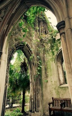 St Dunstan in the East Church, London   Flickr - Photo by Lizzy Stewart