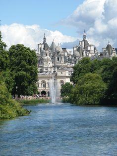 **St. James's Park (near Buckingham Palace, visit the pelicans) - London, England