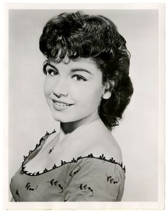 Annette Funicello--so gorgeous. I belong in the '50s