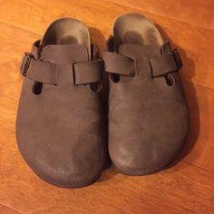 Selling this Birkenstock size 37 in my Poshmark closet! My username is: sararainbow. #shopmycloset #poshmark #fashion #shopping #style #forsale #Birkenstock #Shoes
