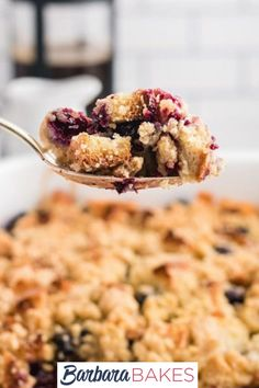 Throw this delicious Blueberry French Toast Bake together in the morning while the rest of the house wakes up and have a comforting breakfast ready in under an hour. #BarbaraBakes… More Peach French Toast, French Bread French Toast, Blueberry French Toast, French Toast Bake, French Toast Casserole, Healthy Breakfast Casserole, Blueberry Topping, Homemade Cookies, Sweet Tarts