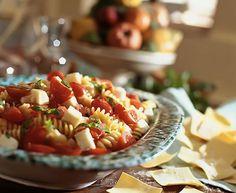 Ensalada de pasta con tomates cherry y queso philadelphia - www.CharHadas.com