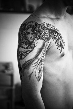 Check out Guardian angel tattoo or other angel shoulder tattoo designs that will blow your mind, tattoo ideas that will be your next inspiration. Engel Tattoos, Tattoos Arm Mann, Bild Tattoos, Body Art Tattoos, Sleeve Tattoos, Tattoo Sleeves, Arm Sleeves, Symbol Tattoos, Fallen Angel Tattoo