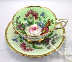 Gorgeous Royal Stafford Duo,Lovely Floral Pattern,Nicely Gilded Edges,Bone English China made in 1960s . The Duo is in perfect condition, no cracks, chips, crazing, or repairs. The Saucer measures-5.5 (14cm ) in diameter. The Cup opening 4 (10cm) The Height-2.5 (6.3cm)