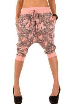 Capri harem dames boyfriend broek roze - grijs XS-L €19,50 http://www.ladymode.nl/dameskleding/been-mode/korte-broeken---hotpants/capri-harem-dames-boyfriend-broek-roze-grijs Capri harem broek een korte dames boyfriend broek met roze - grijs bloem print een One size maat (XS-L) voor €19,50 in 4 verschillende kleuren ook in effen