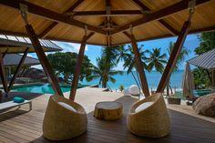 Ferienvilla - Luxury Villa Rental in Deckenia - Deckenia, Seychelles Islands, Praslin, private pools, close to the beach, staff, 6 bedrooms, 12 persons. #luxuryvilla #holiday #holidayvilla #ferienvilla #praslinvilla #praslin #casavacanze #villaseychelles #caribbeanvilla #casalio #caribbean #urlaub #reise #hotel #hotelinpraslin