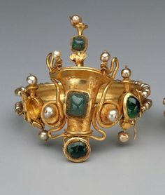 Bracelet  --  Circa 40-20 BCE -- Greek or Roman  --  Late Hellenistic or Early Imperial Period