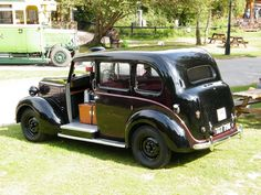 https://flic.kr/p/af3ugt | 1949 Austin FX3 Metropolitan Taxi-Saloon