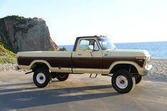 All American Сlassic Сars — 1978 Ford F-250 Ranger Camper Special Pickup Truck