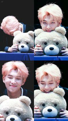 ohhhh♥ Il est trop mignon l'ours en peluche.