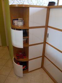 Ohýbaná dvířka Shelving, Divider, Room, Furniture, Home Decor, Shelves, Bedroom, Decoration Home, Room Decor
