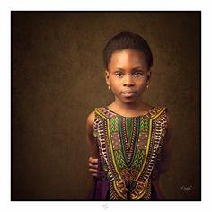 Portrait enfant  Portrait fille Portrait Studio Child Portrait Children Portrait Afro  child