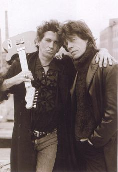KEITH RICHARDS et MICK JAGGER crossfirehurricane:  caitihatesyou:  Keith: Mick is my wife, but we can't get divorced…  best endless marriage ever.
