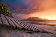 Mountain Sunset, Cape Town South Africa, Table Mountain, Gods Creation, New Theme, What A Wonderful World, Wonders Of The World, Mountains, City