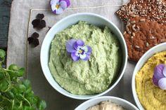 Ærtehummus. Fruit And Veg, Vegan Vegetarian, Vegan Food, Guacamole, Pesto, Vegan Recipes, Mexican, Lunch, Dessert