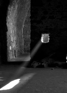 A shaft of light floods through a window in an old medieval castle. Luz Solar, Luz Natural, Through The Window, Wabi Sabi, Light And Shadow, Belle Photo, Sunlight, Around The Worlds, In This Moment