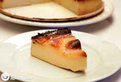 Cómo preparar la tarta de queso más fácil del mundo. Una receta llena de sabor, donde sólo necesitas mezclar todo y al horno. Sencilla y de rechupete