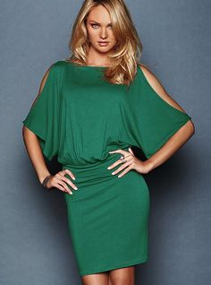 Blouson Dress in Imperial Green (Victoria Secret-dresses) Love the split sleeves, color, and style!