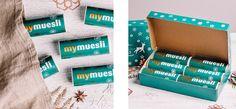 6 kleine Dosen köstliches Adventsmüsli im Paket | Ideal als Geschenk zum Nikolaus oder zur Tischdekoration ▻Jetzt bestellen!