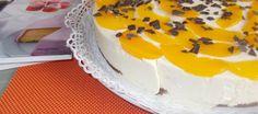 Roomtaart Met Perziken En Likeur Op Een Heerlijke Chocoladebodem recept | Smulweb.nl