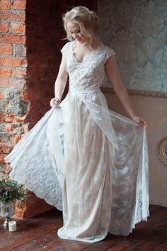 Rosa / Light wedding dress / Boneless / Two piece