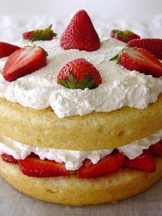 strawberry shortcake: hope the peculiar purple pieman of porcupine peak is not lurking! this looks delish!