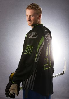 Steven Stamkos Photos - Steven Stamkos of the Tampa Bay Lightning and Team Foligno poses for a portrait prior to the 2015 Honda NHL All-Star Game at Nationwide Arena on January 2015 in Columbus, Ohio. - 2015 Honda NHL All-Star Portraits Tampa Bay Lighting, Steven Stamkos, Sports Figures, Fine Men, Hey Girl, Atlanta Braves, Hockey Players, Ice Hockey, All Star