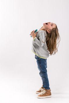 Loose, comfortable cotton sweatshirt with double-sided.  http://www.thesame.eu/kategoria/bluzki-3/tunika-trapez-kids