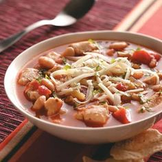 Great Northern Bean Chili    Seven ingredients makes this mild version of a Southwestern chicken chili. Add a dash of hot sauce and a dollop of sour cream on top, and serve with tortilla chips.