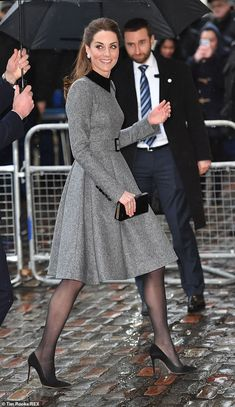 Kate Middleton wears Catherine Walker coat on Holocaust Day in London - Demure Duchess: The Duchess of Cambridge donned a sombre grey coat as she joined Prince Wi… - Kate Middleton Wimbledon, Style Kate Middleton, Kate Middleton Wedding, Kate Middleton Outfits, Princess Kate Middleton, Kate Middleton Fashion, Kate Wedding Dress, Kate Dress, Princesa Kate