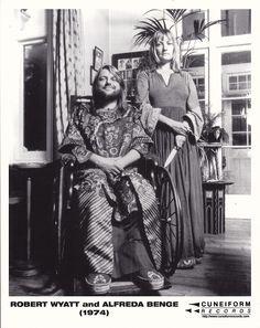 Robert Wyatt & Alfreda Benge (1974)