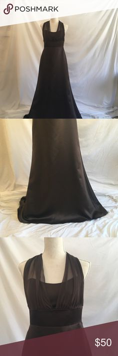 Jim Hjelm Occasions Chocolate Gown Dramatic gown in GUC. It's officially a 12 but fits like a 10!!  A-line, Long chiffon ties. There is a tiny hole near the bottom of one of the ties - can't see it when you wear it. Bottom hem is very lightly worn from an outdoor photo shoot. Worn twice. Jim Hjelm Occassions Dresses Prom