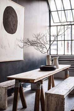 A arte Wabi-Sabi defende que a nossa casa deve ser um santuário e não um local apretechado de objectos, distracções e ruídos visuais.