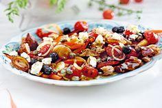 Unser beliebtes Rezept für Griechischer Brotsalat und mehr als 55.000 weitere kostenlose Rezepte auf LECKER.de.