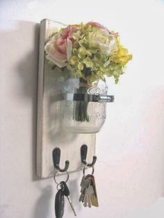 Classy Girl Guide to College: DIY Key Holder